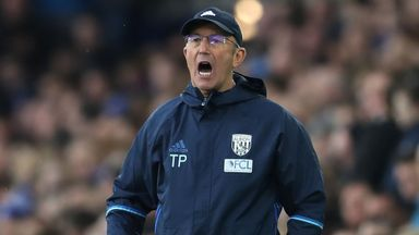 Pulis backs diving bans