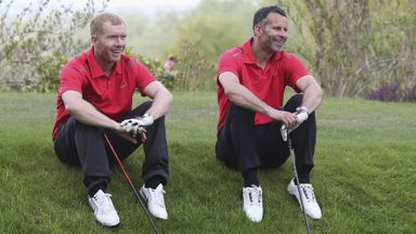 Giggs and Scholes backing United