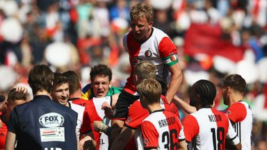 Kuyt leads Feyenoord to glory