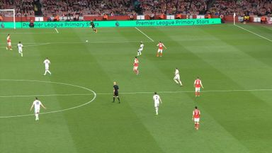 Monreal's crazy back pass