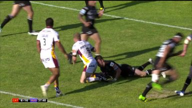 Mamo's four-try haul