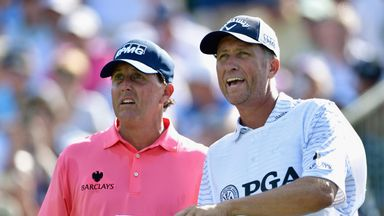 Mickelson and Bones split