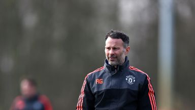 Giggs: United need goals