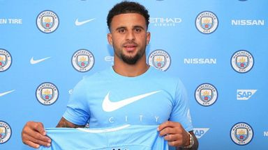Man City sign Walker