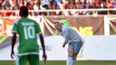 Rooney scores a stunner