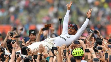 Lewis a 'Legend of F1'