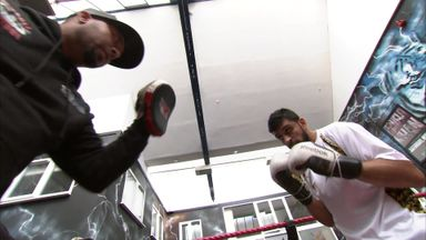 Boxing dentist says he'll fix teeth for free