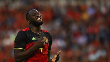 'Lukaku can handle the pressure'