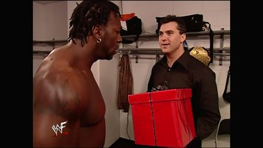 SummerSlam 2001: Shane's gift to Booker T