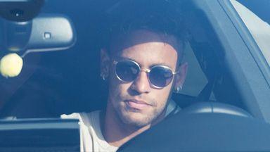 Neymar agrees five-year PSG deal