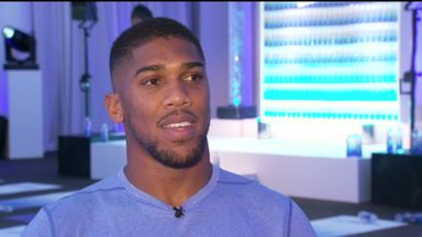 Joshua: I'm backing Mayweather