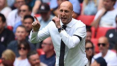 Stam frustrated by transfer market