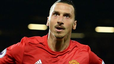 Man United in Zlatan talks