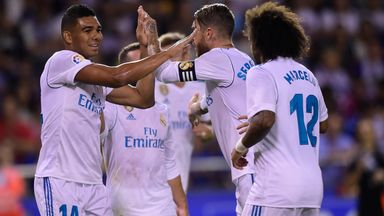Casemiro finishes 44 pass move