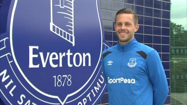 Sigurdsson signs for Everton