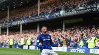 Rooney celebrates winning goal