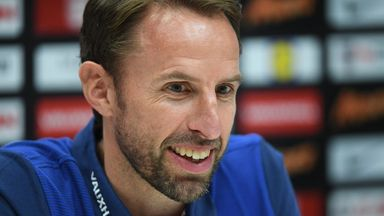 Southgate congratulates former team-mate Barry