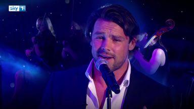 Ben Foden's crooner moment