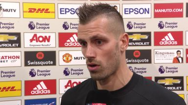 Mistakes frustrate Schneiderlin