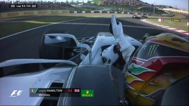 Hamilton wins in Suzuka