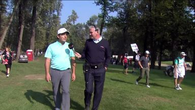 Pepperell photo-bombs Molinari