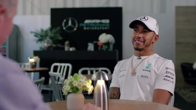 Brundle meets Lewis on Sunday