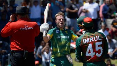 De Villiers smashes 176 for South Africa