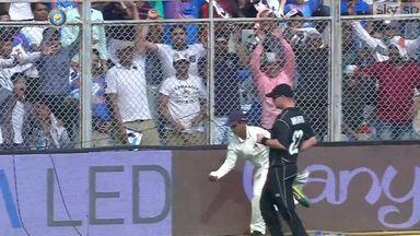 Ball boy catches Kohli six one-handed!