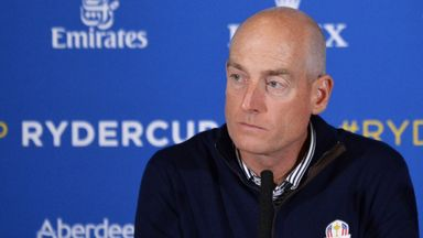 Furyk: Don't write off Tiger