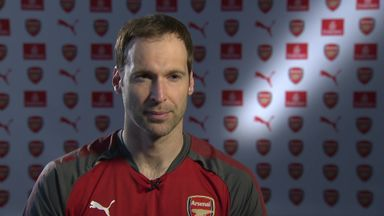 Cech: We're not looking at Spurs