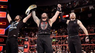Reigns wins the Intercontinental Title