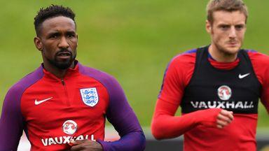Howe: Defoe will be in England frame