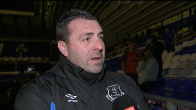 Unsworth: No news on Everton job