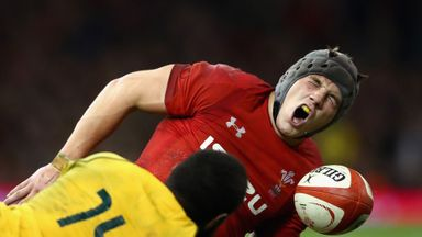 Davies worry for Wales