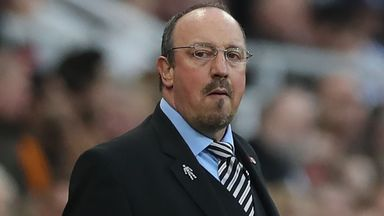 Benitez reveals transfer talks