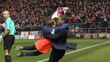 Ball boy relives Man Utd win