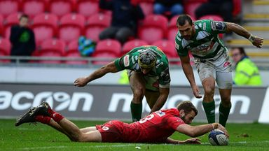 Last-gasp winning try for Scarlets