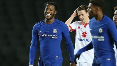 Batshuayi brace for Chelsea U21s