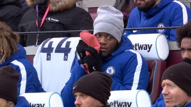 Batshuayi beats the chill!