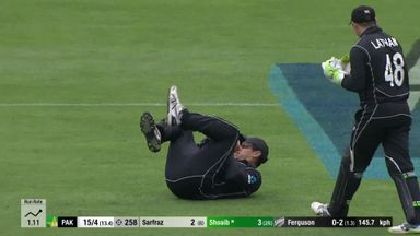 NZ v Pakistan: 3rd ODI highlights