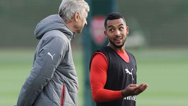 Wenger pays tribute to Walcott