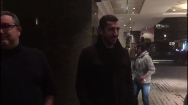 Mkhitaryan arrives ahead of Arsenal medical
