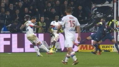 Depay nets sensational winner