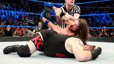 Styles punishes Owens' knee