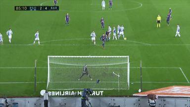 Messi scores stunning free-kick
