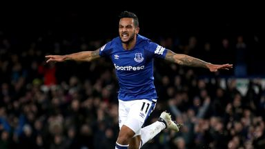 Allardyce: Walcott can be key