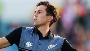 Boult: Bowlers must use swing