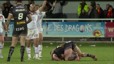 Knowles sees red in Perpignan