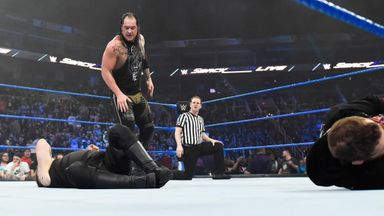 Corbin ends SmackDown on top