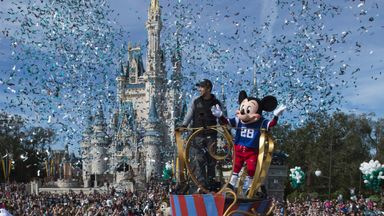 Foles' party with Micky Mouse!